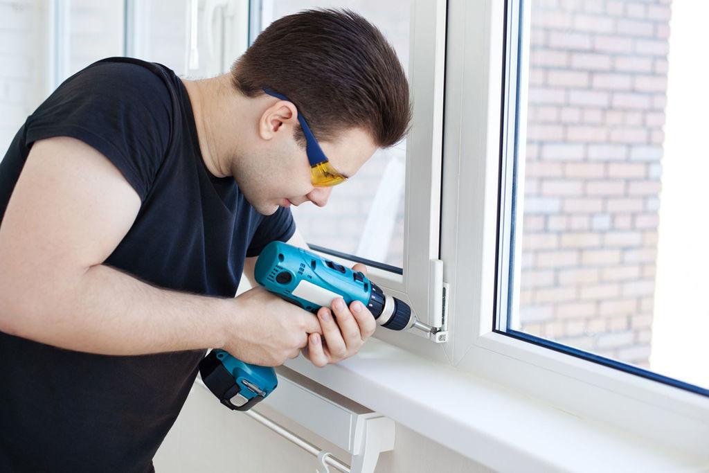 Установка и ремонт пластиковых окон и дверей